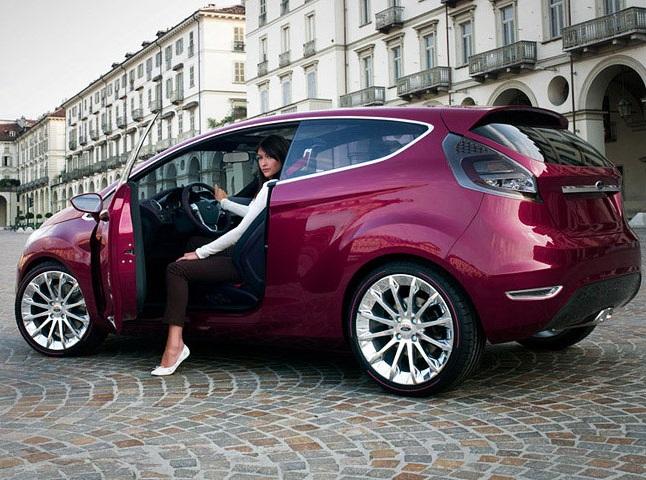 женское авто фото