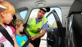 Правила перевозки детей с 1 января 2017, изменение ПДД, штрафы за перевозку без кресла